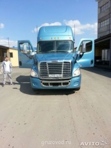 Продаю Freightliner cascadia 2010 - 786578456.jpg